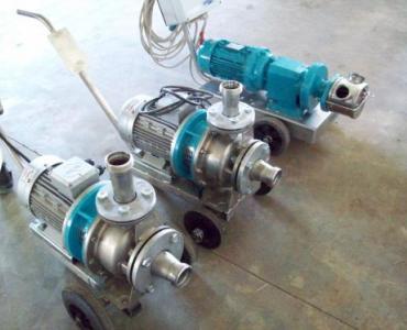 Pompe de lavage à soude, à rotor flexible ou centrifuge